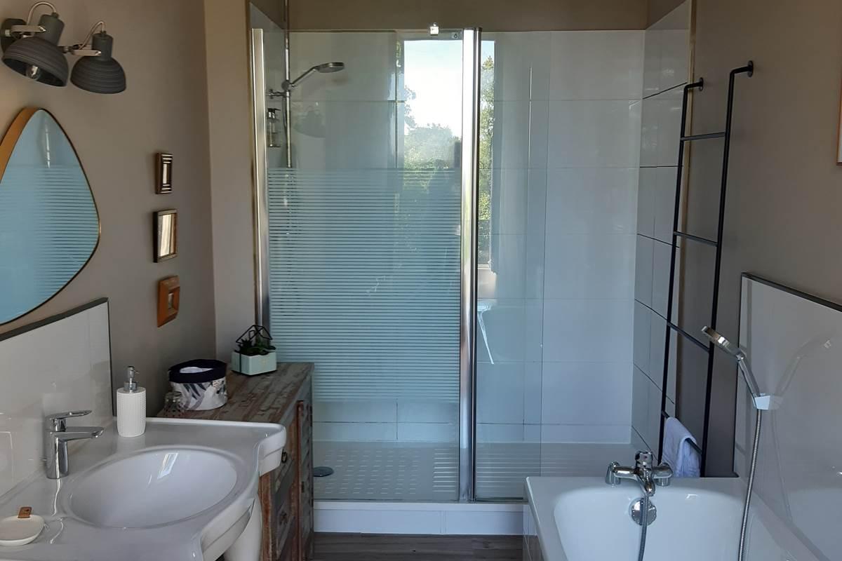 chambre toucan salle de bain