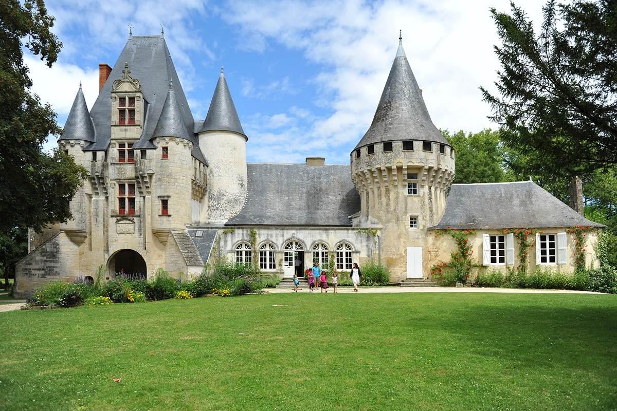 Château de Javarzay Chef-Boutonne
