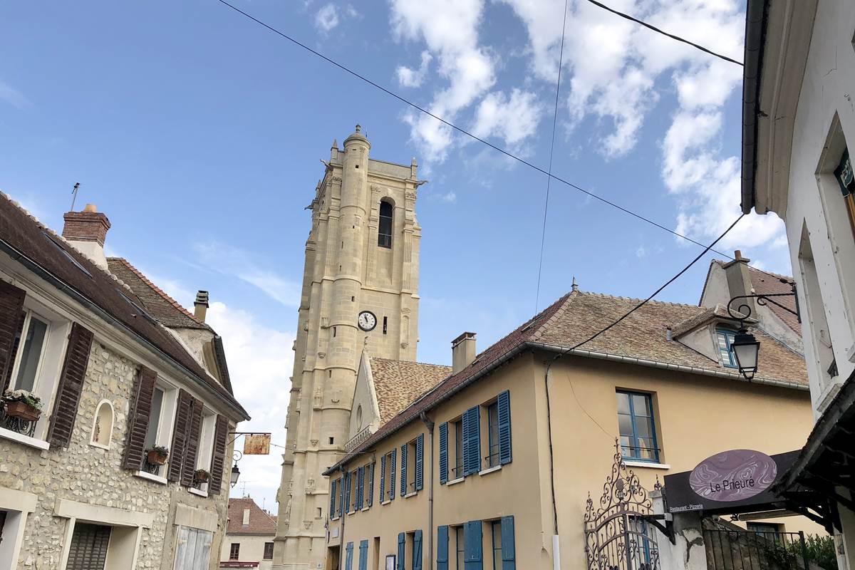 Quartier historique du Prieuré médiéval et église Saint-Nicolas