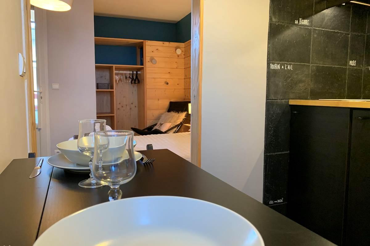 Vue Cuisine Studio Appart-Hôtel les Palombières