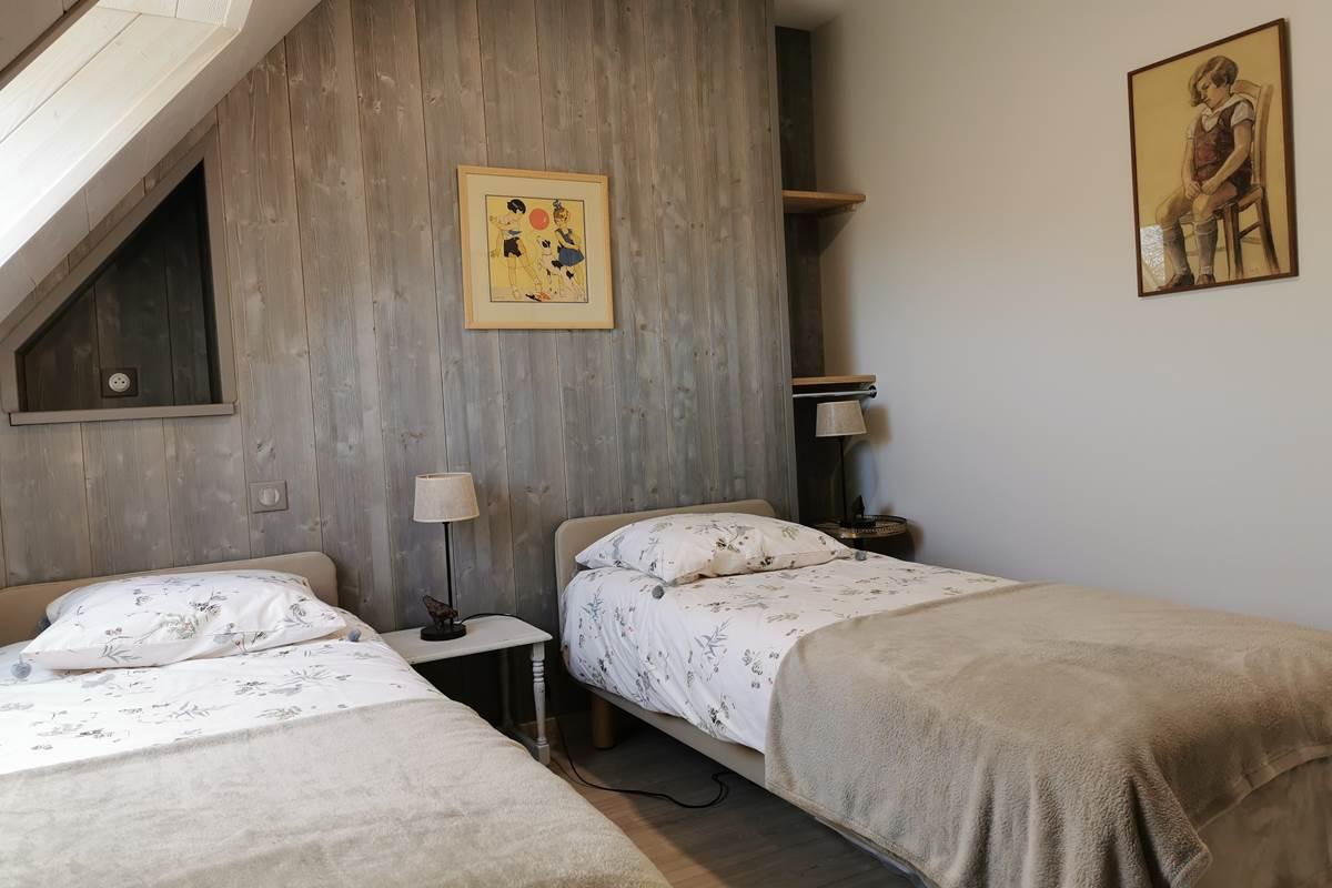 L'Atelier la petite chambre à deux lits