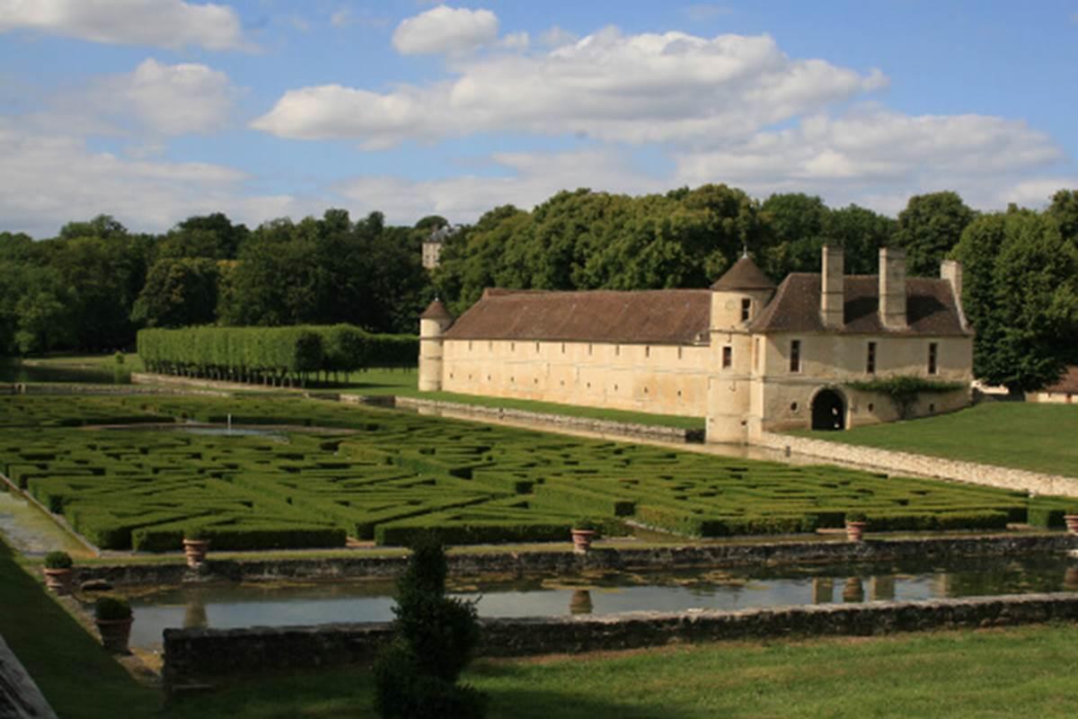 Chateau-Villarceaux1