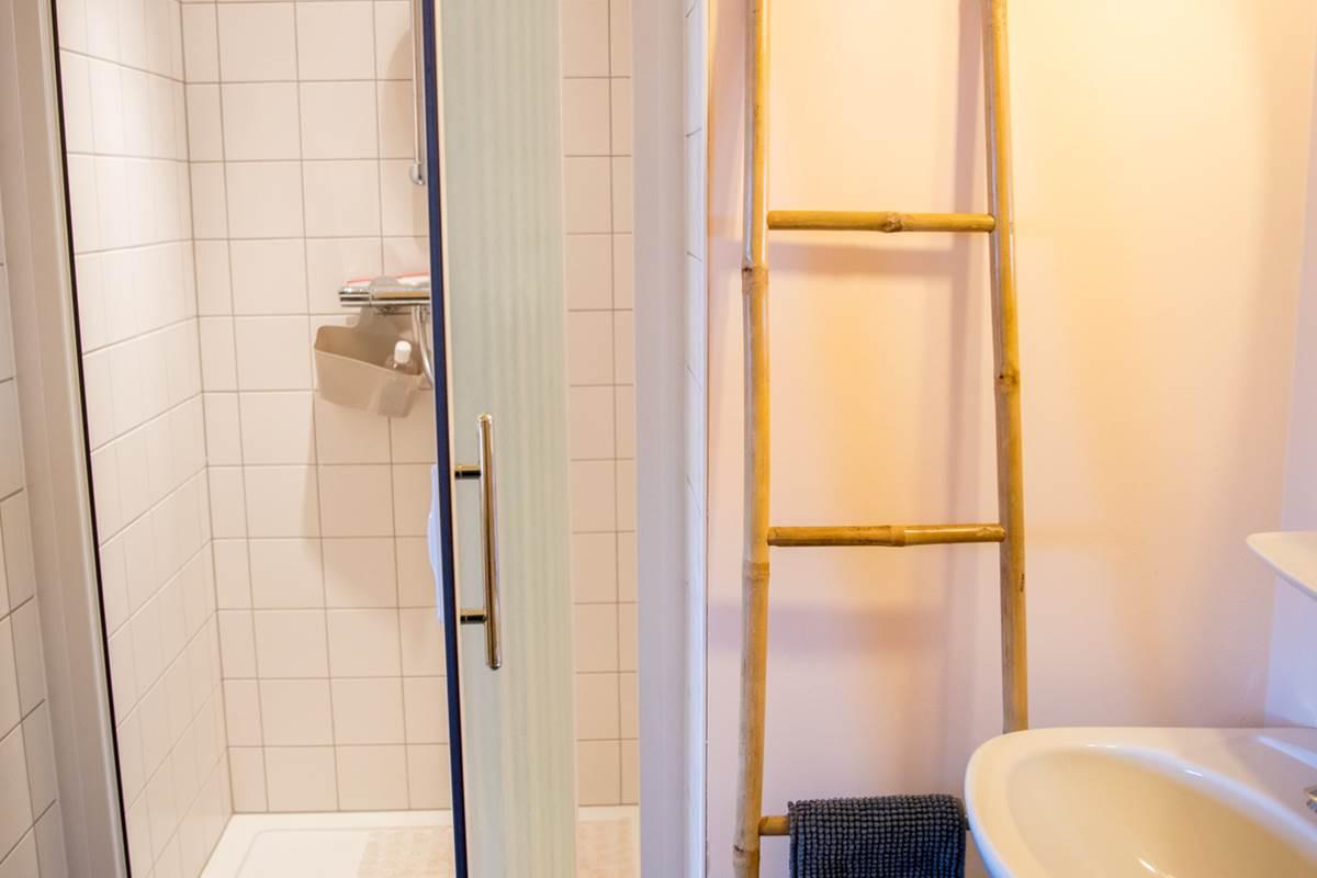 B&B-A-Quiet-Place-salle-de-bain