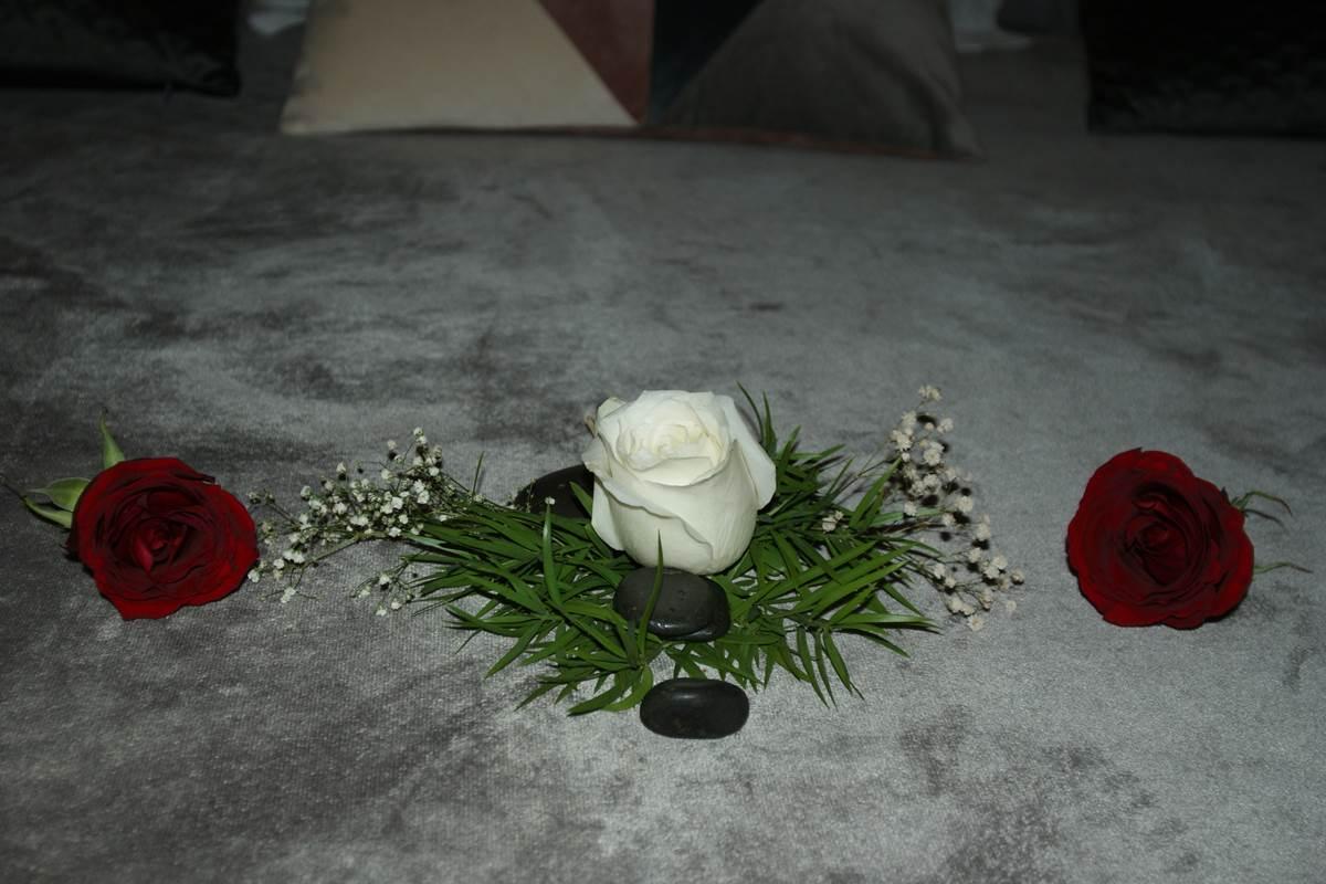 lit Suite Romantique Jardin de Ravintsara