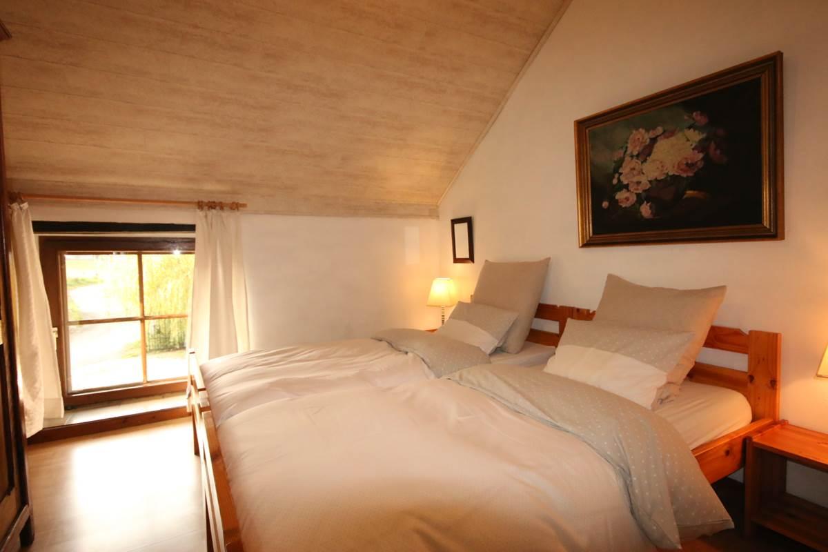 Chambre avec 2 lits single