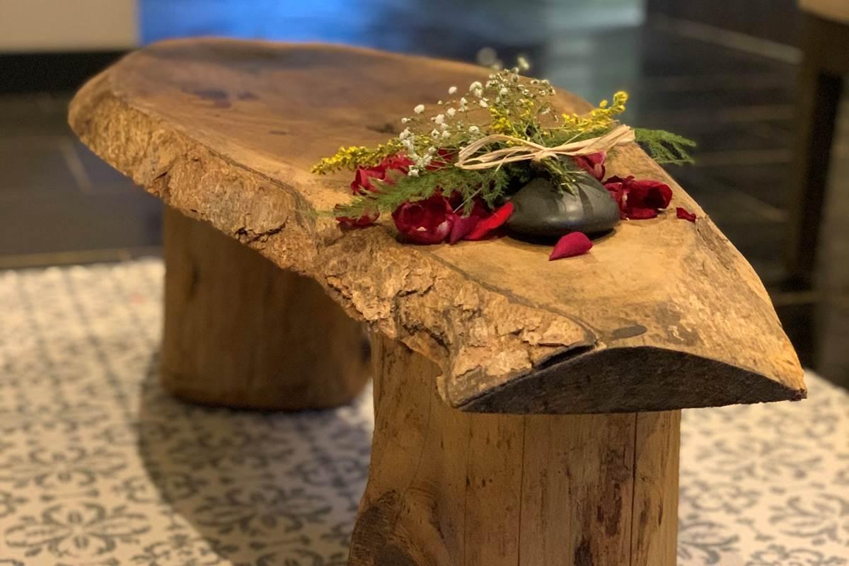 petite table Jardin de ravintsara