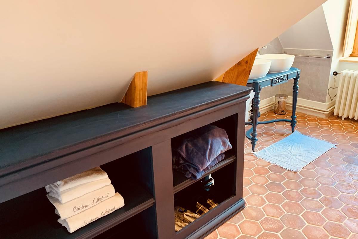 Suite Edouard MANET meuble salle de bains