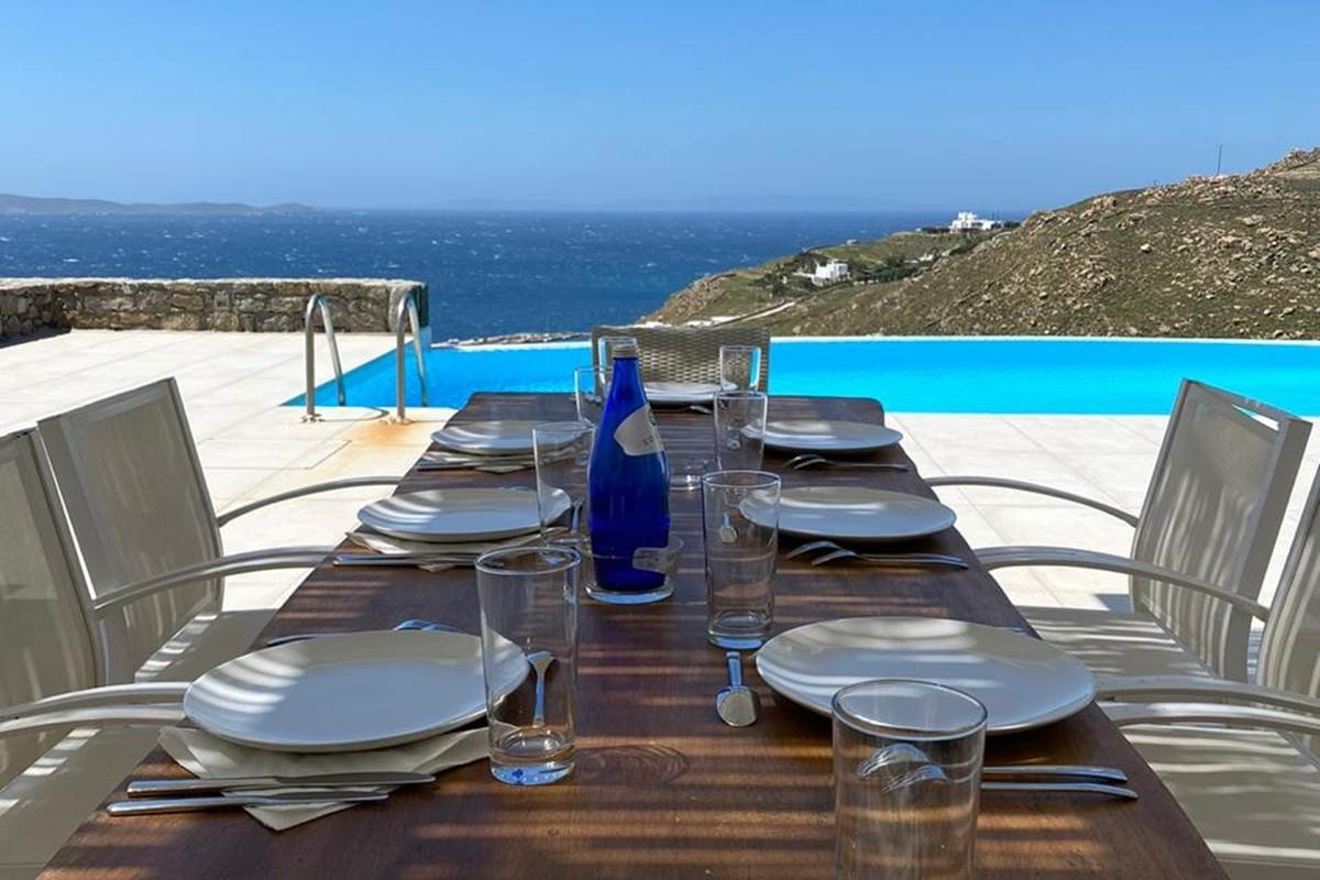 Salle à manger d'été  Villa Zélia