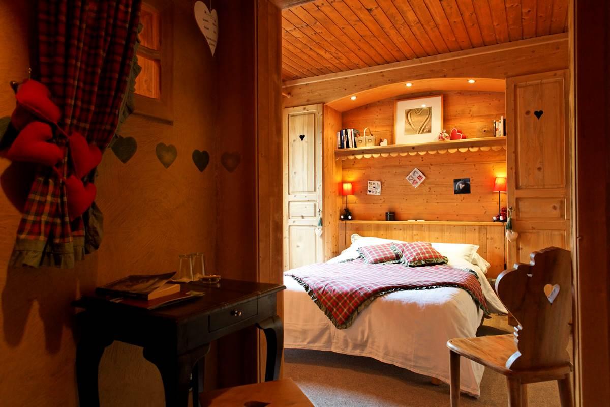 chambre petit coeur style montagne