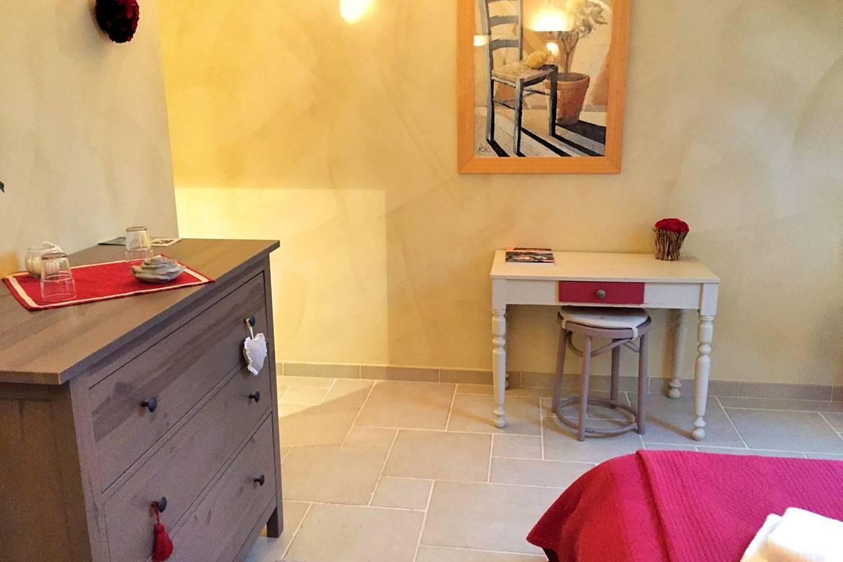 Côté Granges, chambre Roses de Cahors (7)