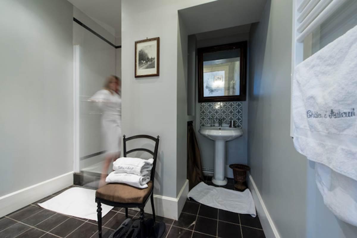 Chambre Amaury de Kergorlay Salle de bains
