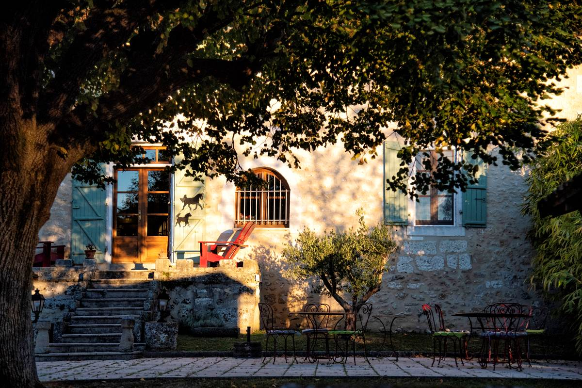 Façade Grande Maison (c) Michel Dartenset