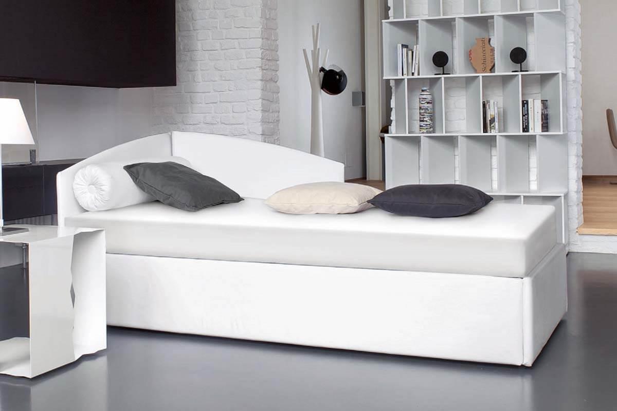 11 Private Single Bedroom