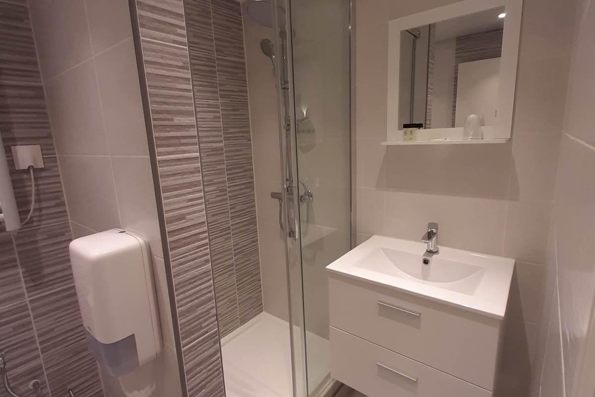 chambre 3 Salle de bains