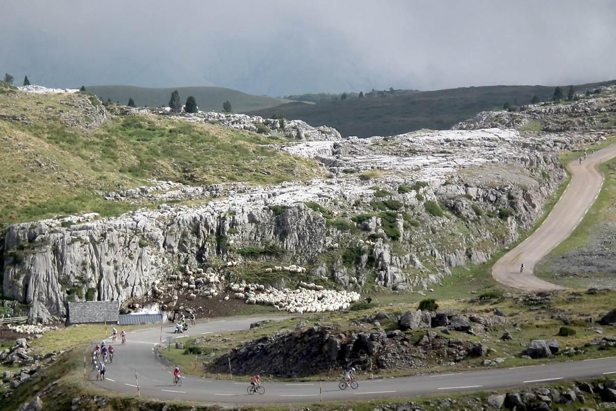 cyclotourisme col de La pierre St Martin