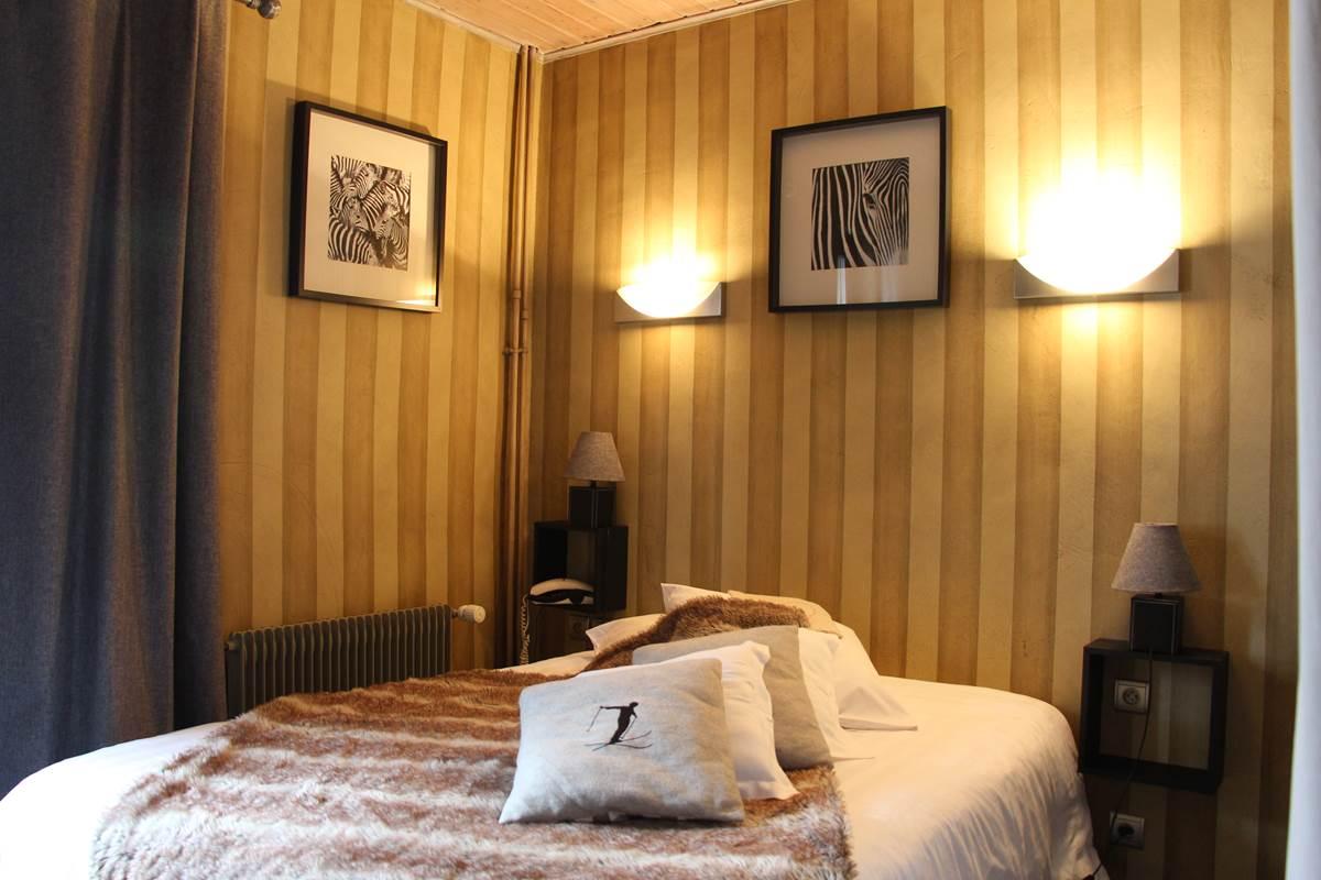 chambre  avec balcon rayure, esprit design