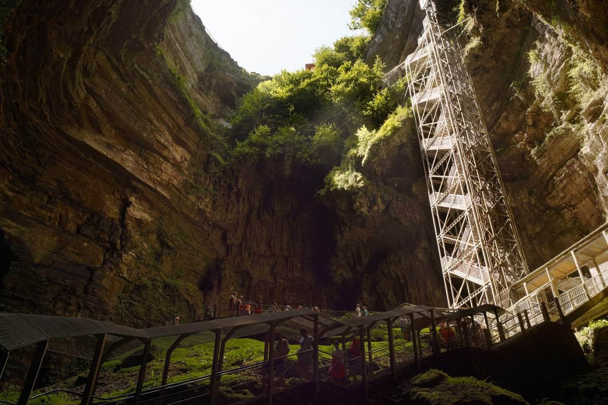 Gouffre de Padirac - Orifice et grand escalier
