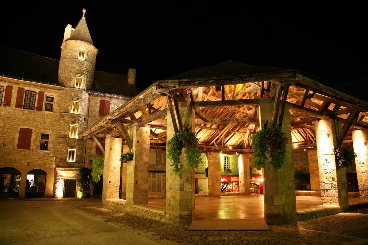 Halle de Martel - Nocturne