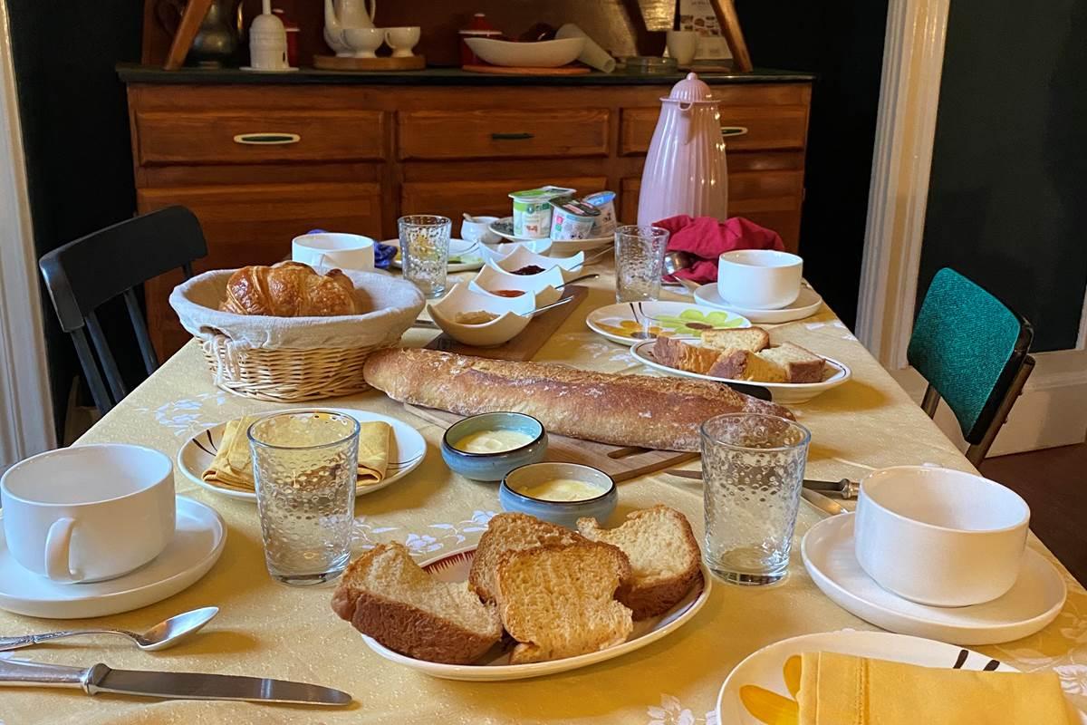 Petit-déjeuner Maison Volière