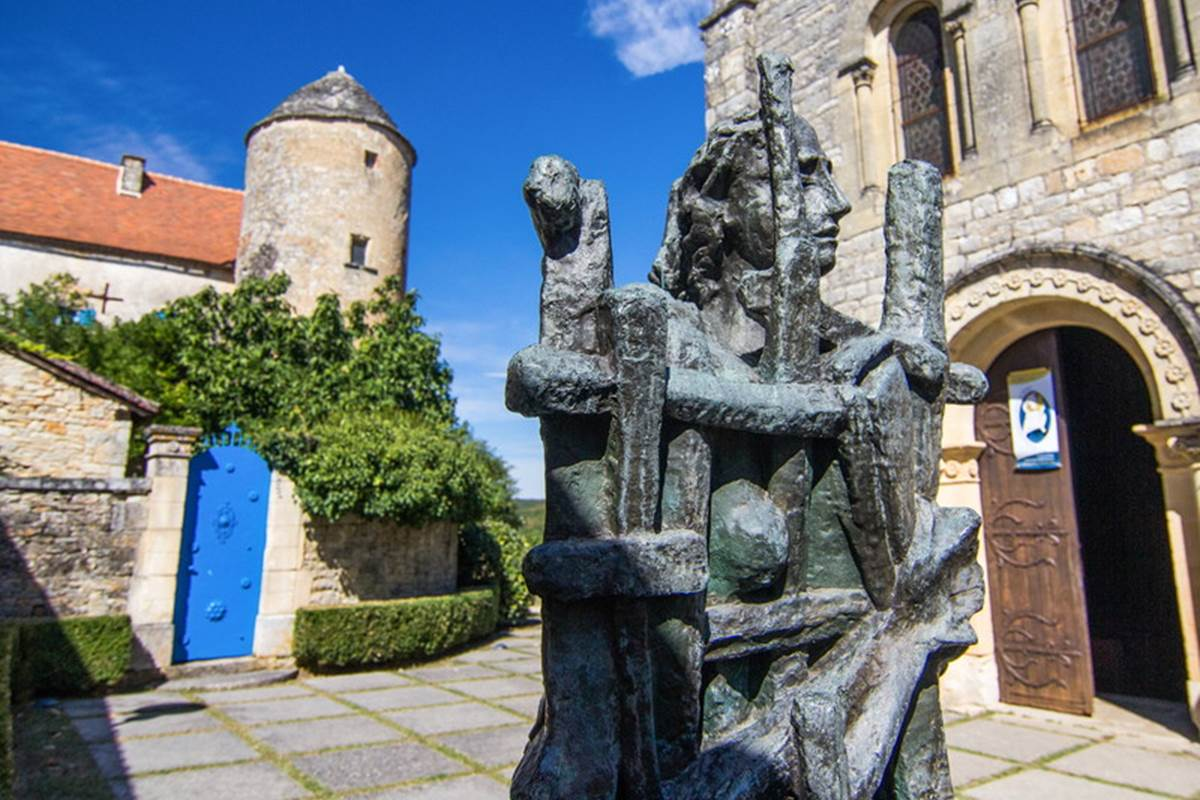 Sculpture de Zadkine © Lot Tourisme - C. Novello