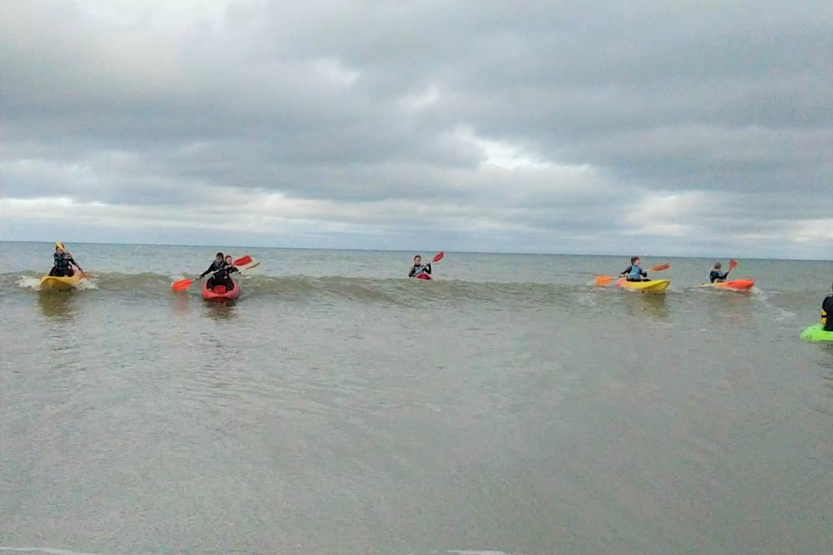 Concept Sport Émotion _ Centre de loisir _  stage mixte kayak - kayak surf - surf