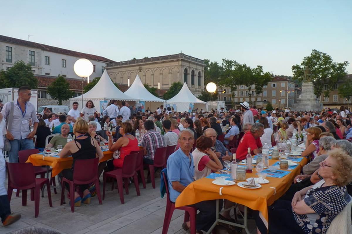 Banquet du festival Lot of Saveurs 2014 © Lot Tourisme C. Séguy
