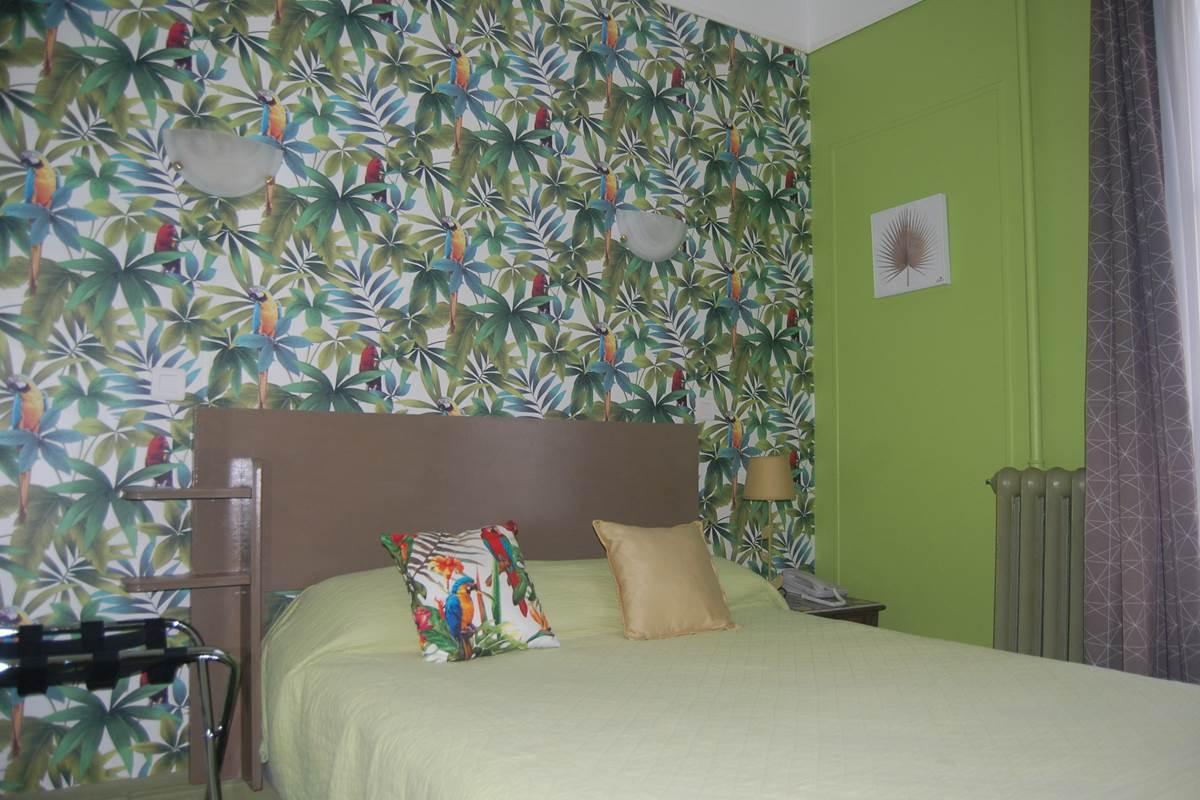 Chambre côté cour HJB Paris 6 proche rue Madame rue Assas rue Vaugirard