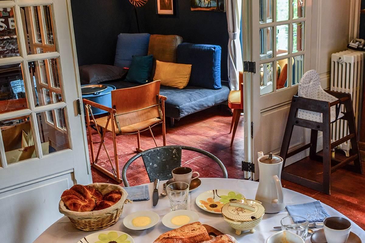 maison Volière - salle petit déjeuner