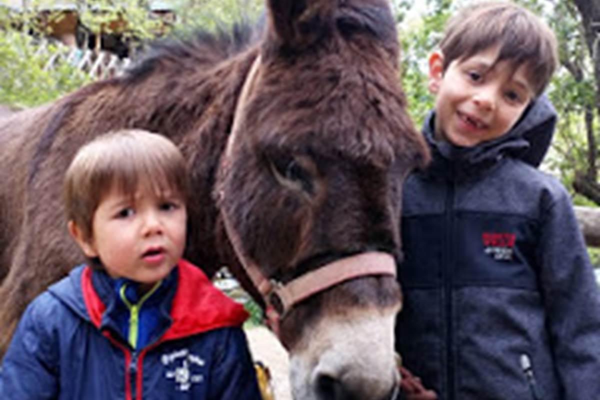 Come et Thomas avec leur Moka lors du week-end de Pâques