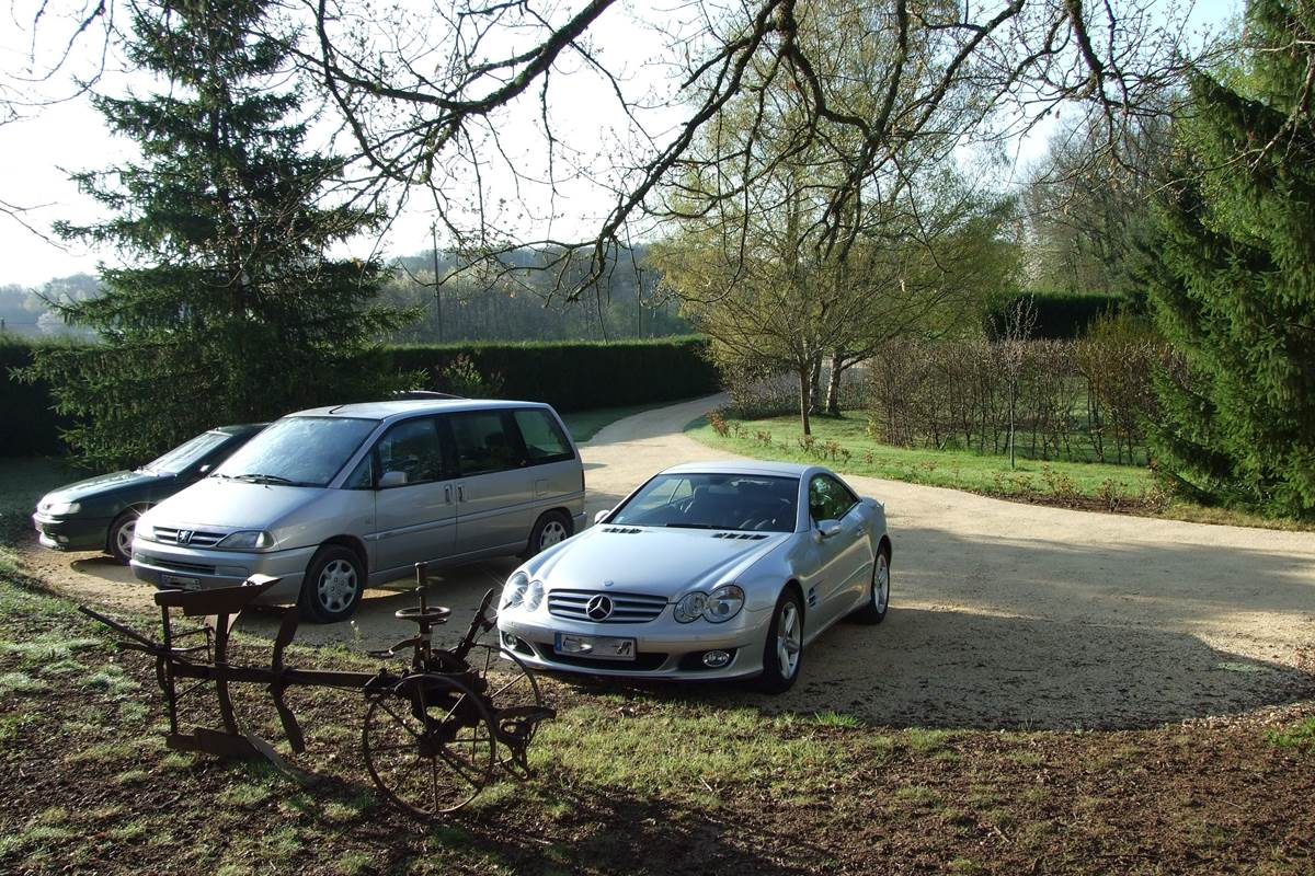 parking-chambres-dhotes-perigord