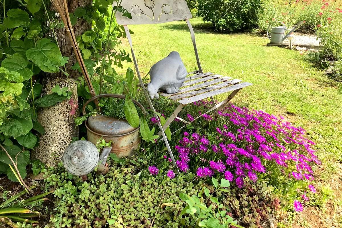 poule-decorative-jardin-cote-granges
