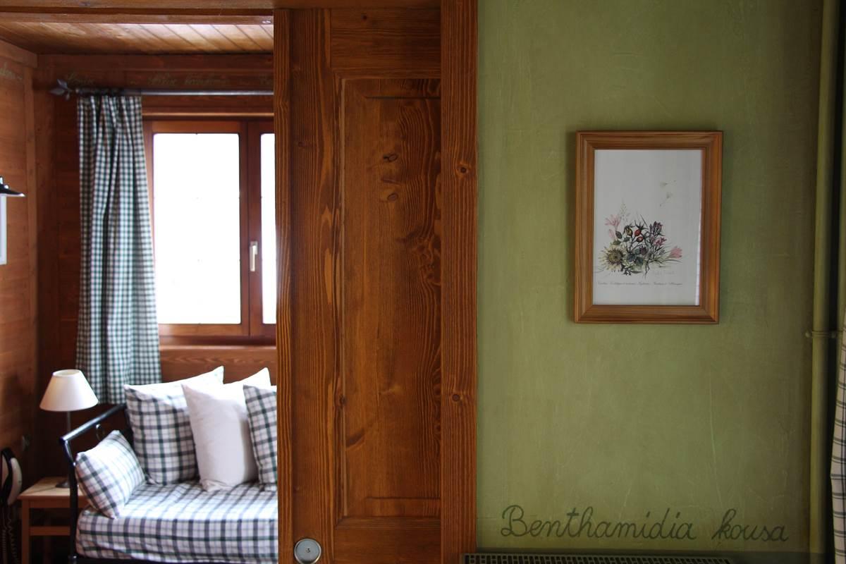 vue sur le salon chambre herbier style champetre