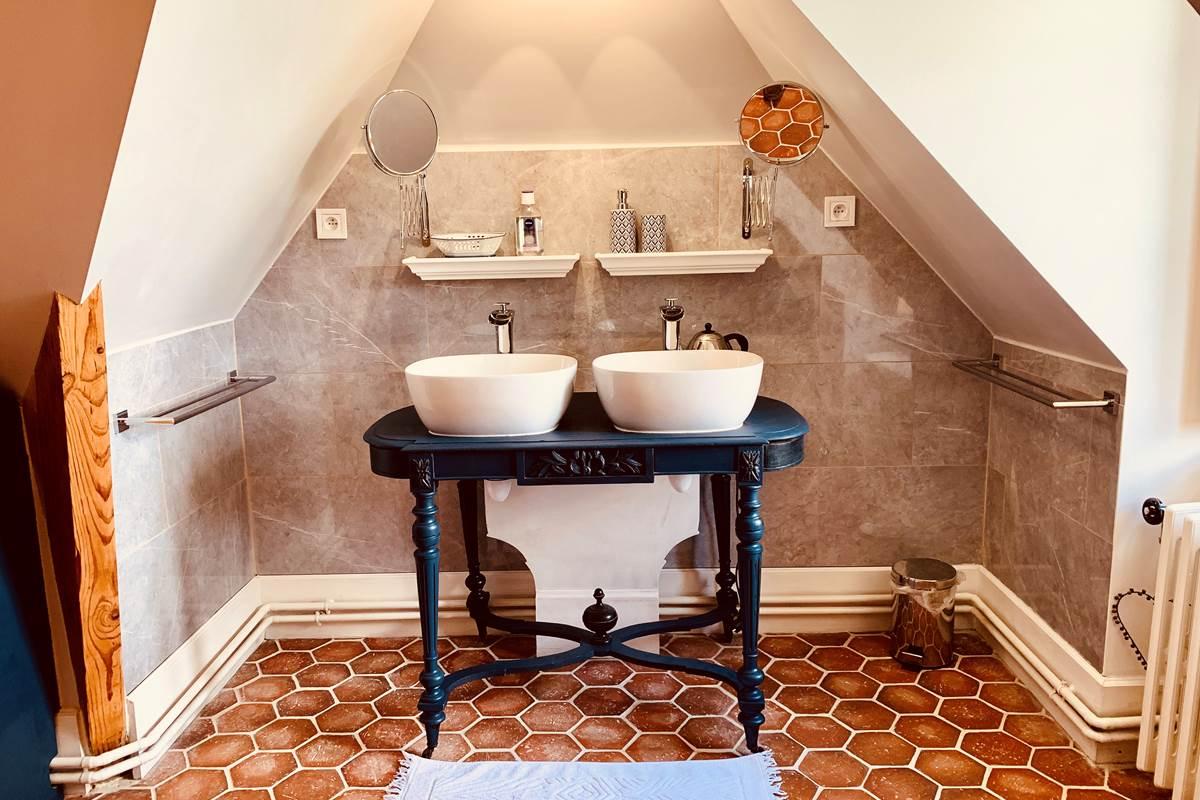 Suite Edouard MANET lavabos