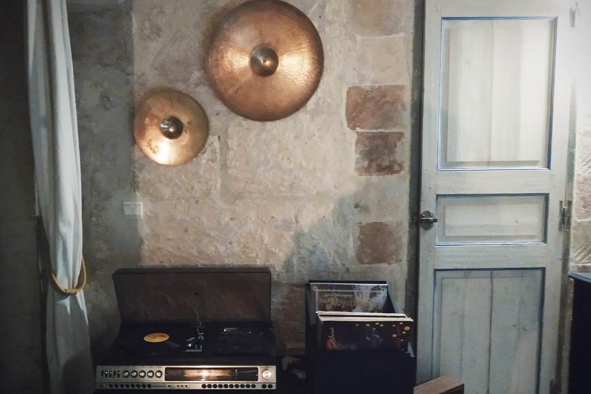Vinyls des hôtes