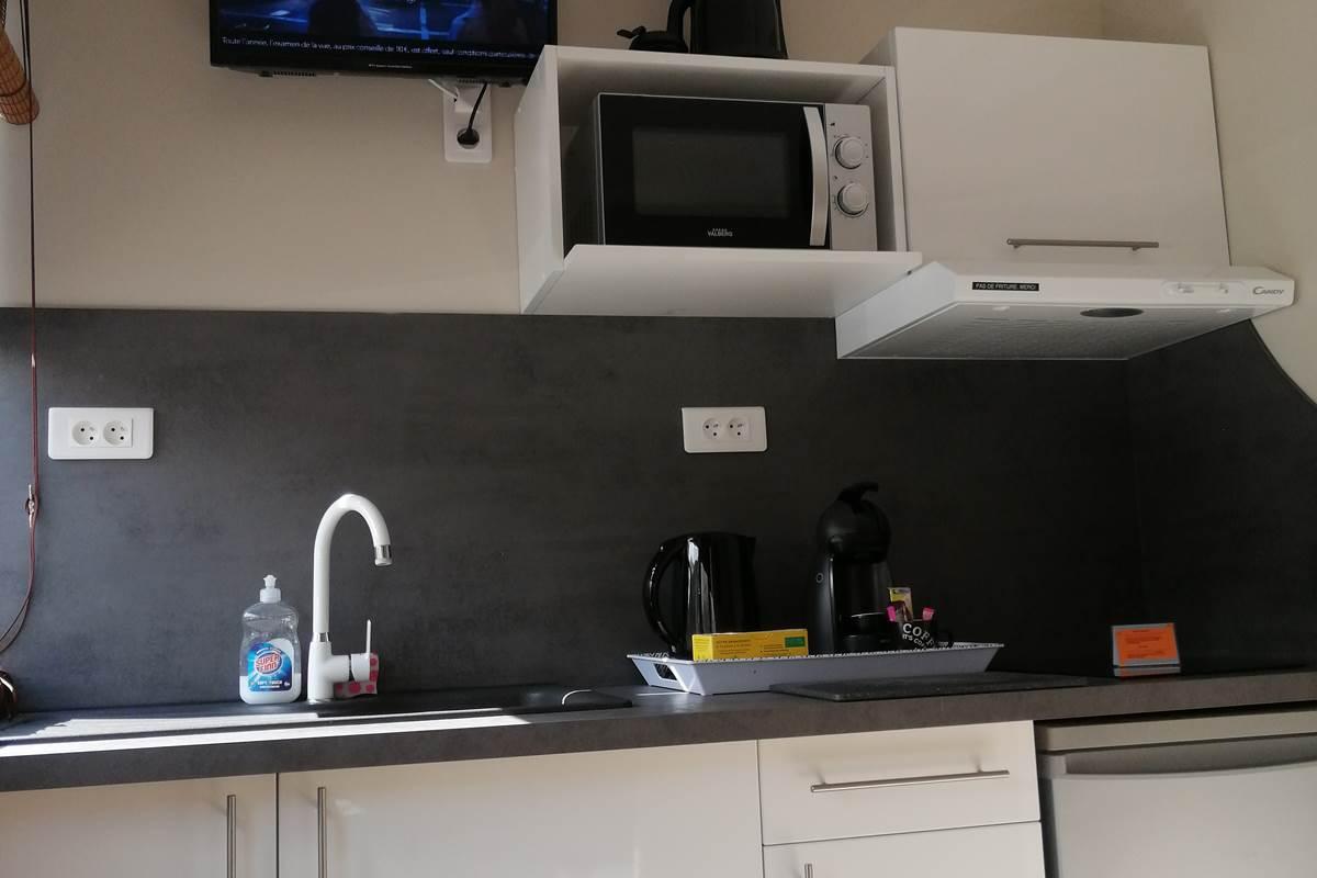 Cuisine équipée logement 7