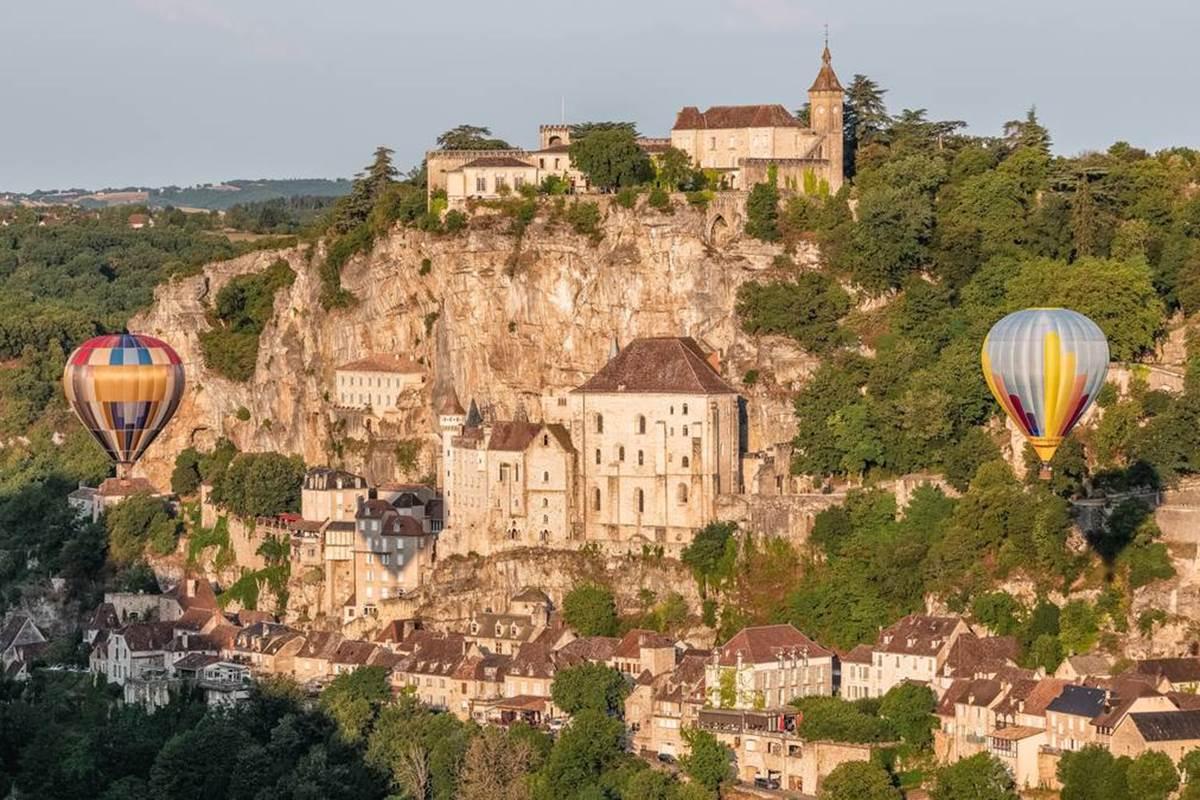 Décollage des Montgolfières Rocamadour
