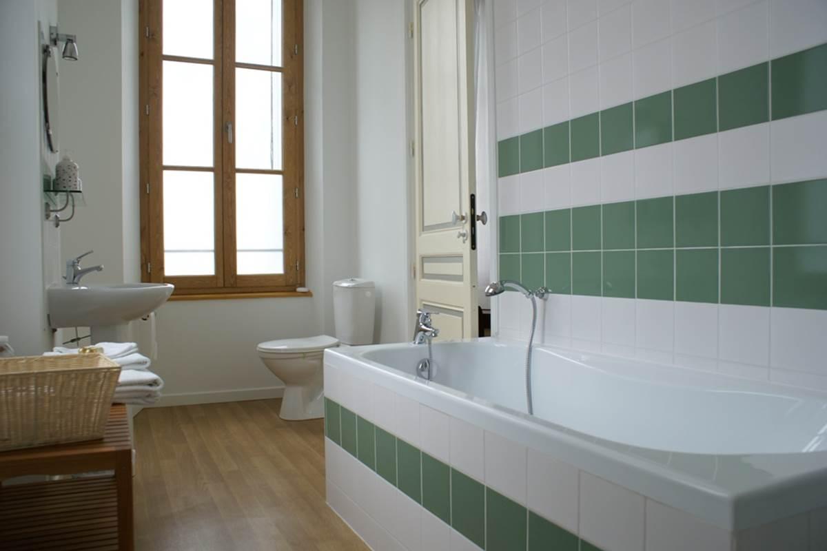 chambre 5 - salle de bain