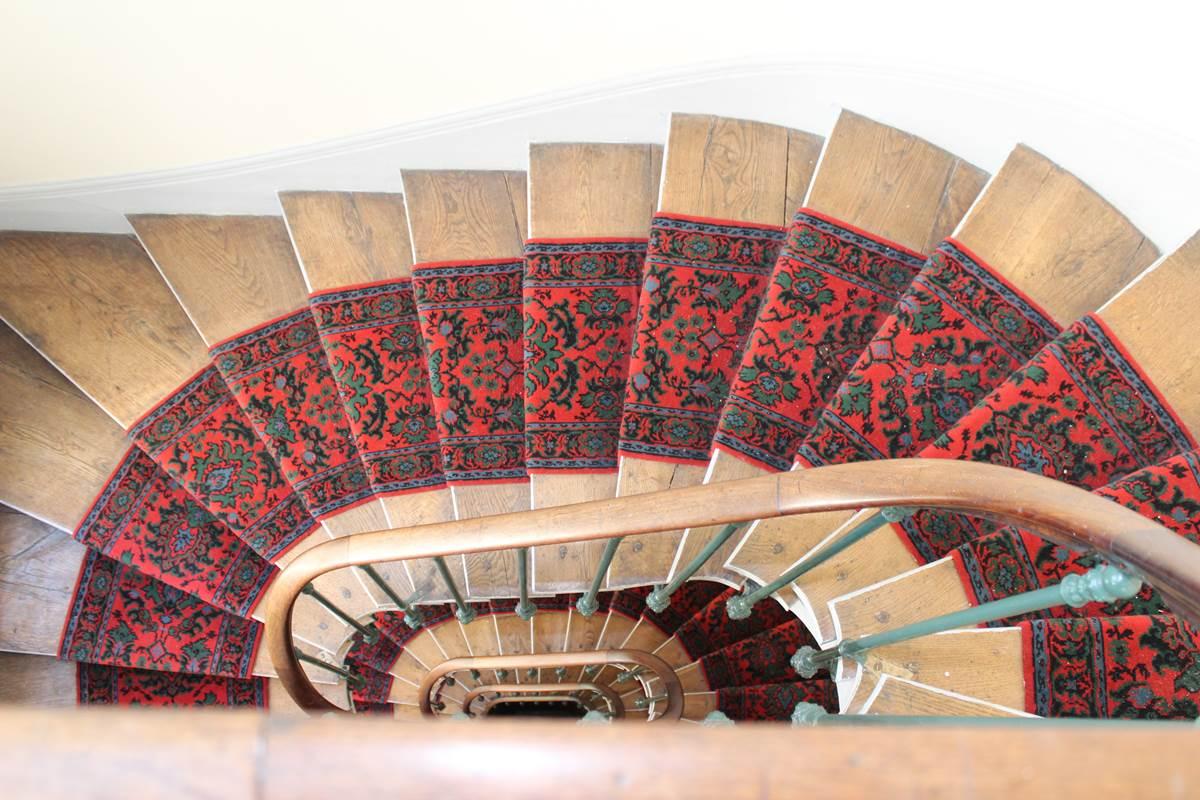 Escaliers hôtel Jean Bart 75006 Paris