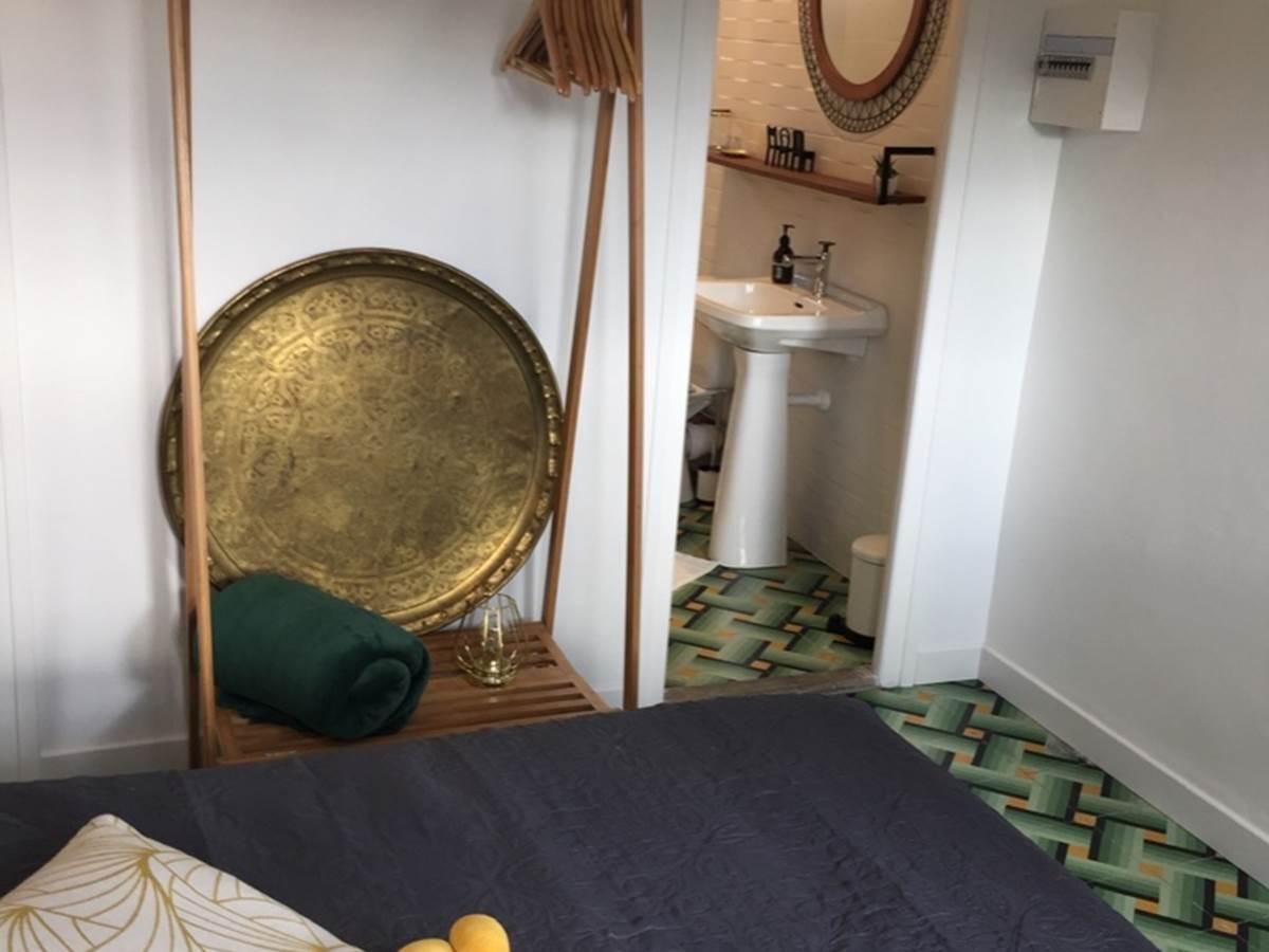 Alba Studios 2, Saint Cyprien, chambre et sde