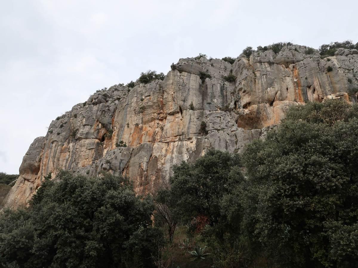 Vue depuis l'entrée de la grotte des Demoiselles