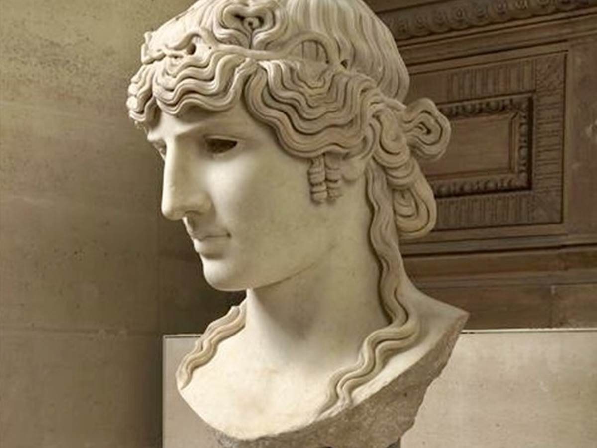 Why were there so many sculptures of Antinoüs, Emperor Hadrian's lover, all over the Roman Empire