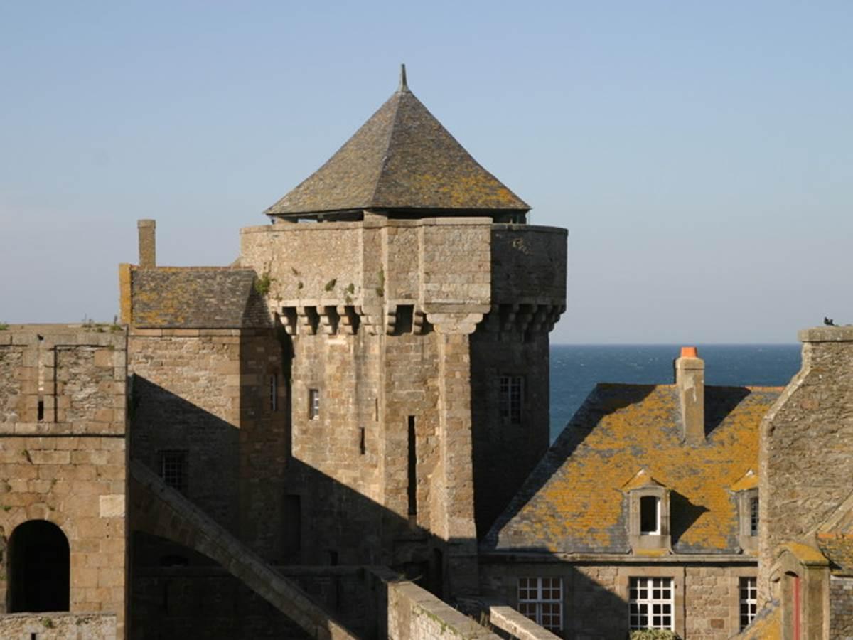 Saint-Malo---tour----Marina-Maret.JPG-800