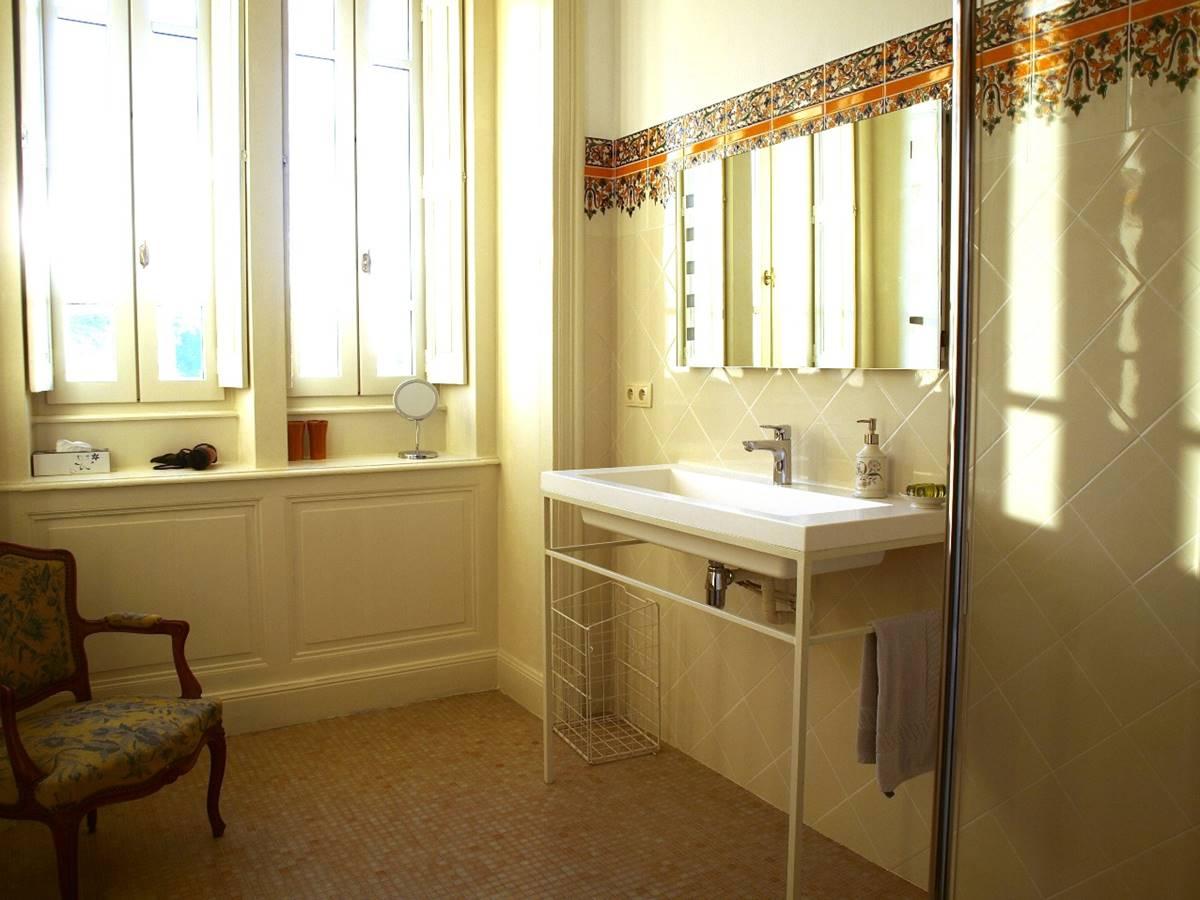 Zimmer Marronnier Badezimmer