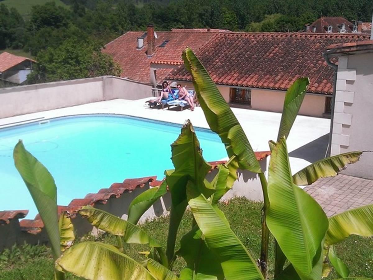 Relais du Château piscine transats