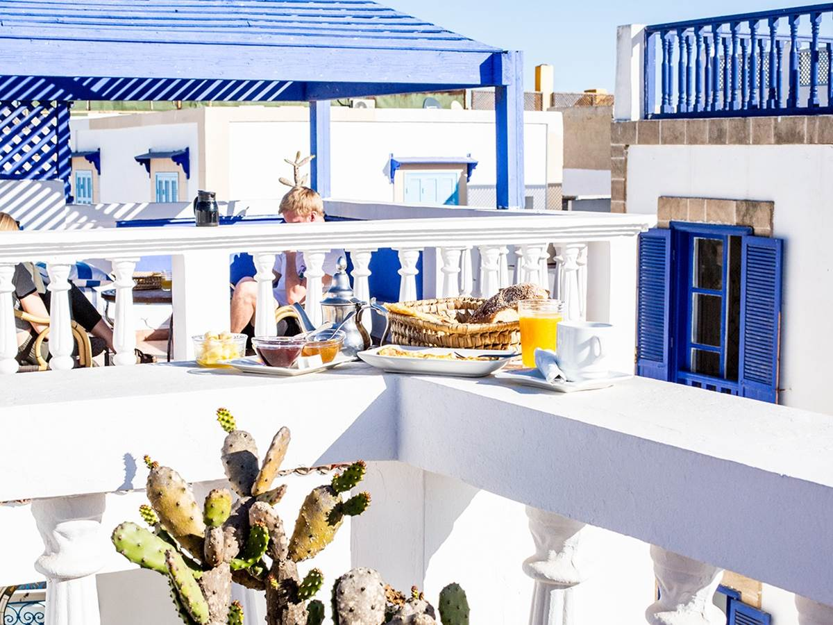 Breakfast on a roof top