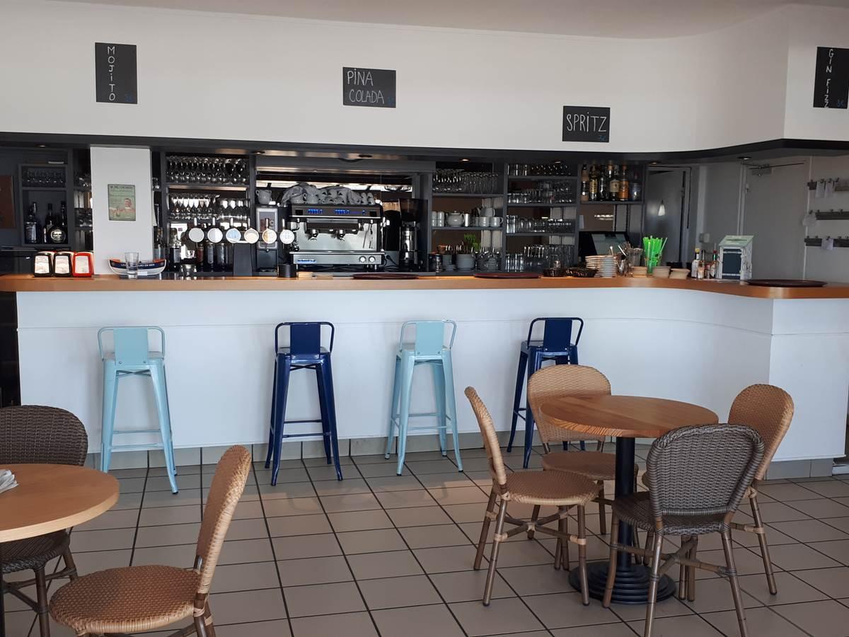 Bar_de_l'hôtel