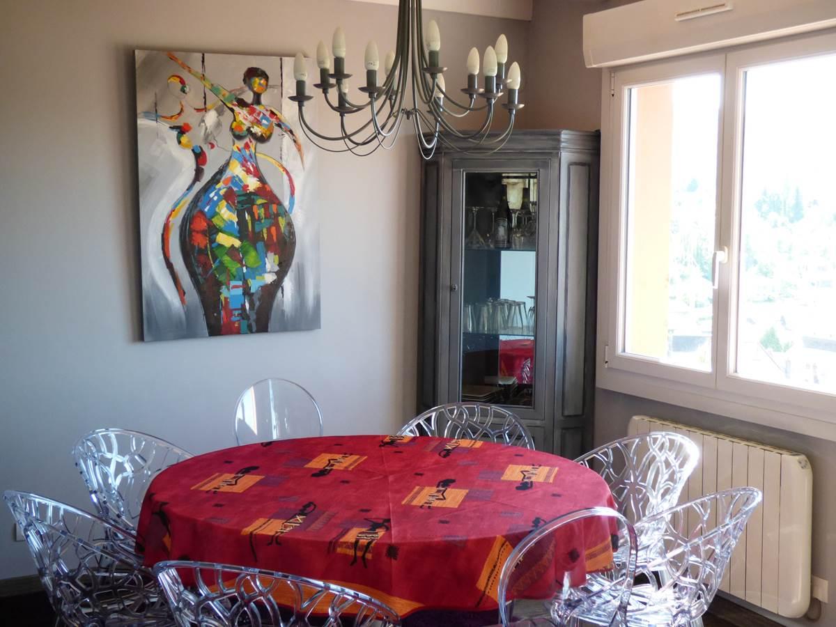 Vue salon petit déjeuner 2 Chambres d'Hôtes La Colline aux Yeux Doubs