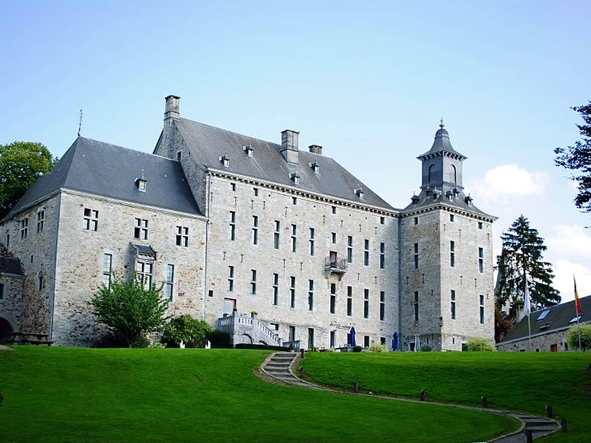 800px-Château_de_Harzé,_commune_d'Aywaille_bis