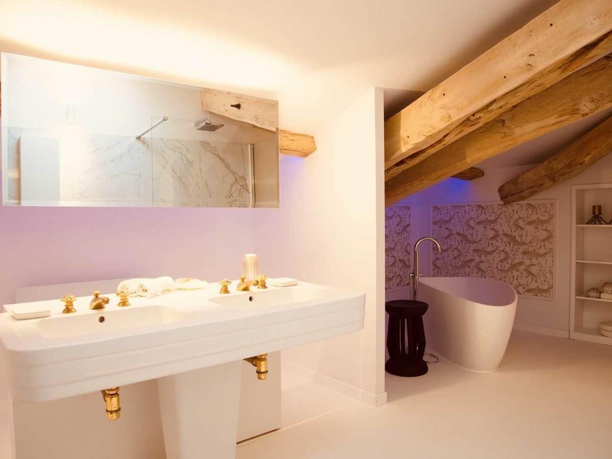 Suite Jardin Secret Salle de Bain chambre-d-hote-lesmatinsrubis-tarn-et-garonne-occitanie-location-toulouse