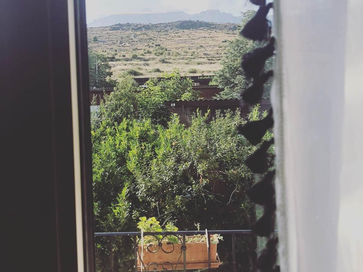 Balcon chambre  vue Monte Cintu